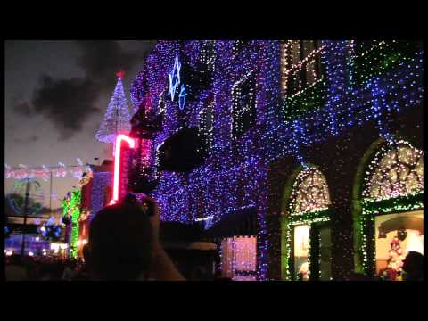 25 Days of Christmas – Day 11: Osborne Family Spectacle of Dancing Lights