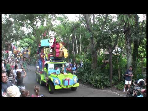 25 Days of Christmas – Day 12: Mickey's Jingle Jungle Parade