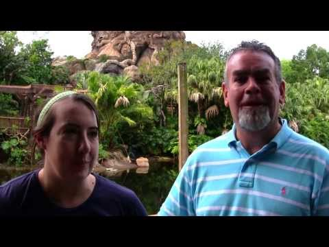 It's Earth Day and the 15th Anniversary of Disney's Animal Kingdom. Join Rick and Sarah McGovern Luka, from Running At Disney, as they share their Animal Kingdom favorites and the Special Ceremony celebrating the 15th Anniversary of this amazing theme park.